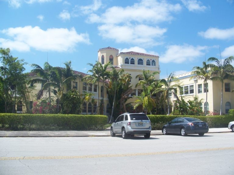 Miami_Shores_FL_Grand_Concourse_Apts04