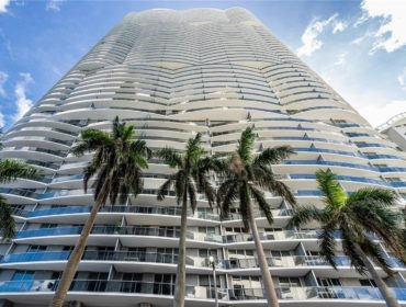 Aria on the Bay Condos for Sale and Rent 488 NE 18th StEdgewater, FL 33132
