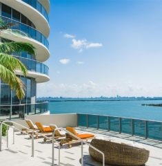 Aria on the Bay photo18