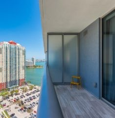 Brickell House photo17