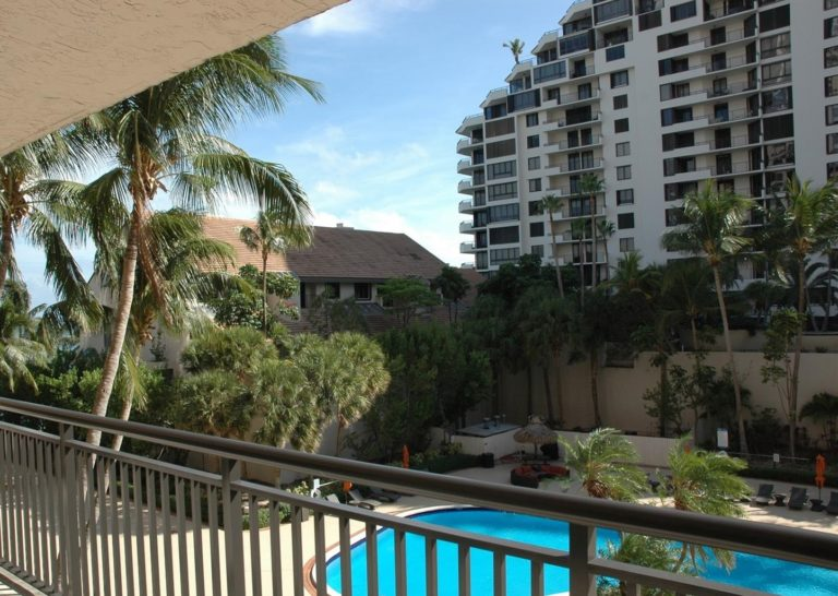 Brickell Key Two photo07