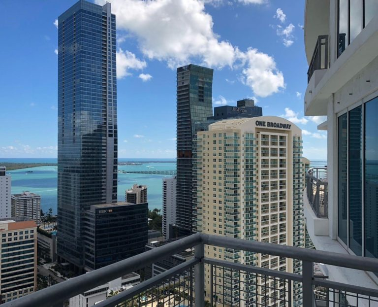 Infinity at Brickell photo14