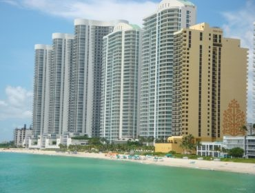 Trump Towers Condos for Sale and Rent 15901 Collins AveSunny Isles Beach, FL 33160