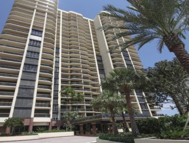 Bal Harbour Tower Condos for Sale and Rent 9999 Collins AveBal Harbour, FL 33154