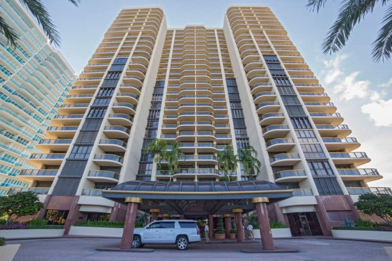 Bal Harbour Tower photo04