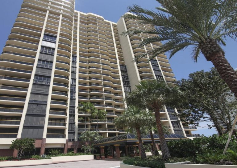 Bal Harbour Tower photo06