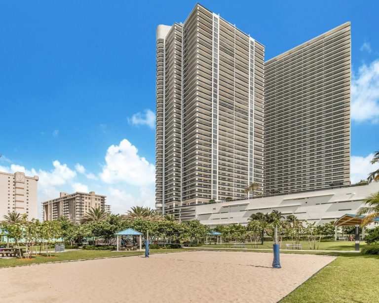 Beach Club Towers photo04