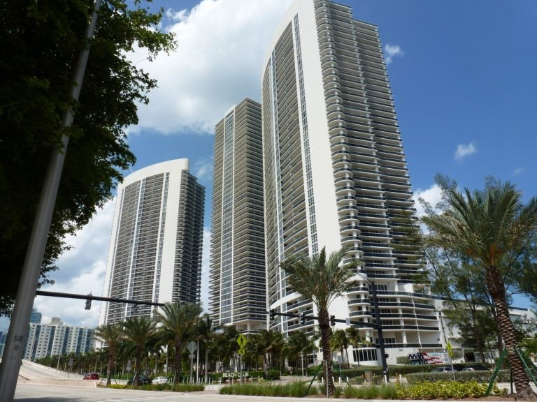 Beach Club Towers photo02