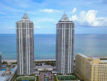 Blue Green Diamond Condos for Sale and Rent 4775 Collins AveMiami Beach, FL 33140