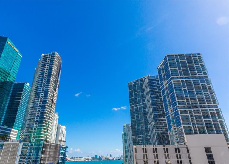 Brickell on the River photo02