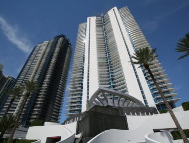 Jade Beach Condos for Sale and Rent 17001 Collins AveSunny Isles Beach, FL 33160