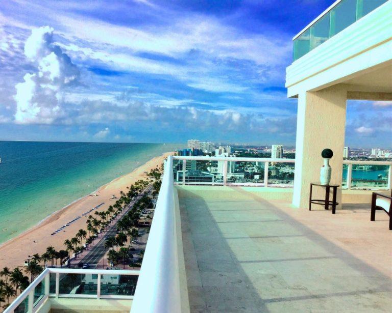 Las Olas Beach Club photo13