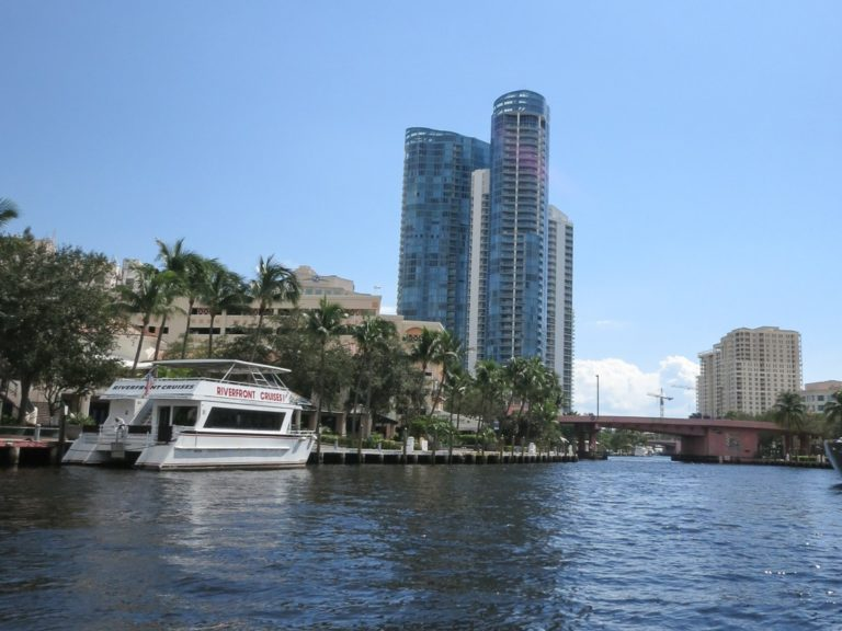 Las Olas River House photo10