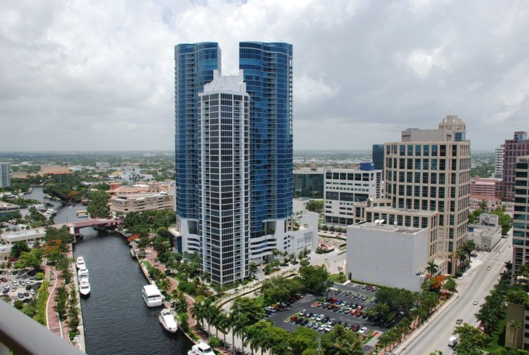 Las Olas River House photo11