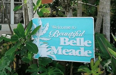 Belle Meade logo