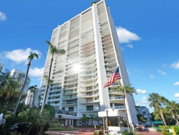 Marina Tower Condos for Sale and Rent 19500 Turnberry WayAventura, FL 33180