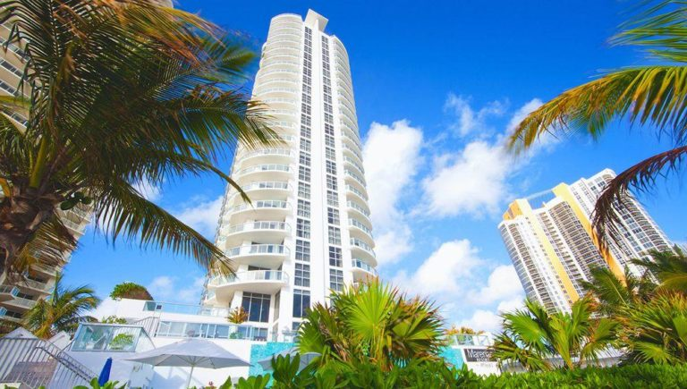 Marenas Resort photo01