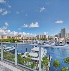 Marina Tower photo15