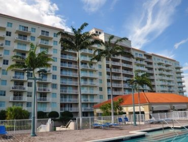 The Tides at Bridgeside Square Condos for Sale and Rent 3020 NE 32 AveFort Lauderdale, FL 33308