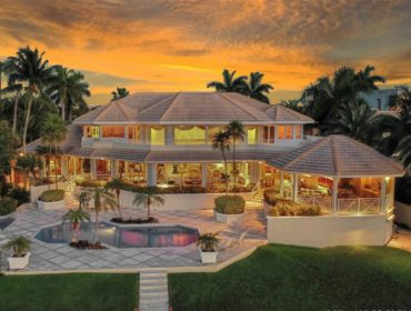 Tropical Isle Homes photo01