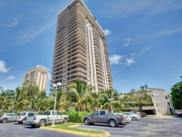Turnberry Isle Condos for Sale and Rent 19667 Turnberry WayAventura, FL 33180