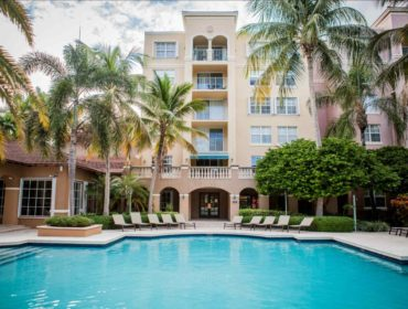 Yacht Club at Aventura Condos for Sale and Rent 19501 E Country Club DrAventura, FL 33180