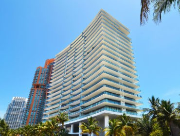Apogee Condos for Sale and Rent 800 S Pointe DriveSouth Beach, FL 33139