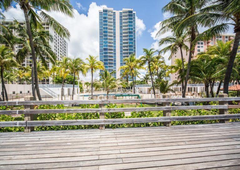 Mirasol Ocean Towers photo02