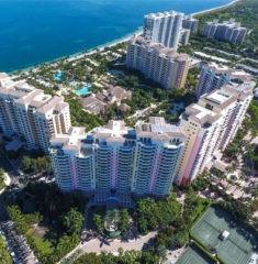 Ocean Club Towers - 01 - photo