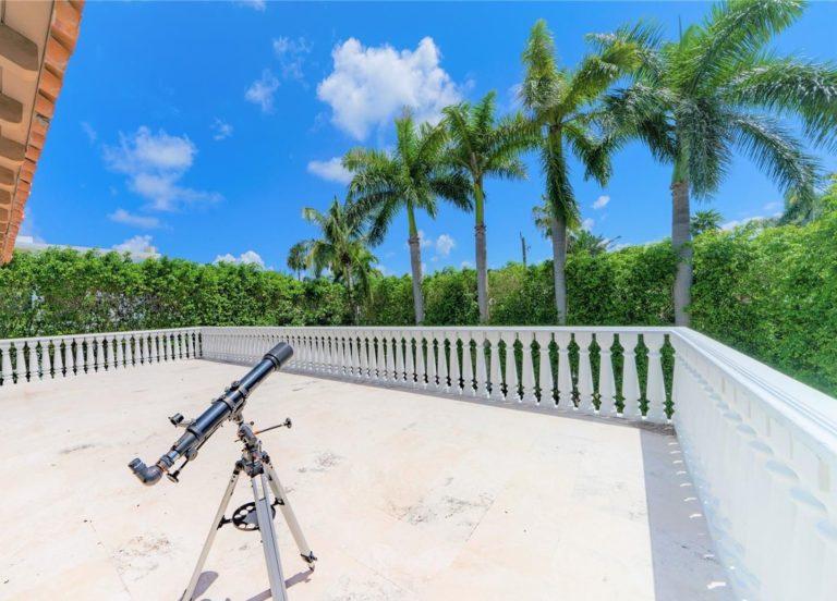 Palm Island photo13