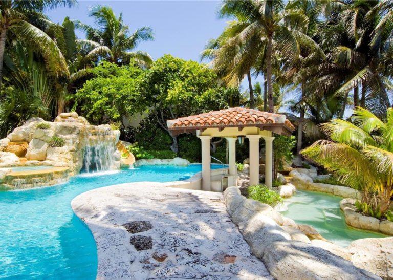 Palm Island photo23