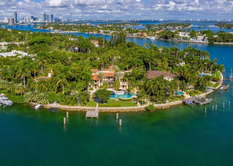 Palm Island photo05