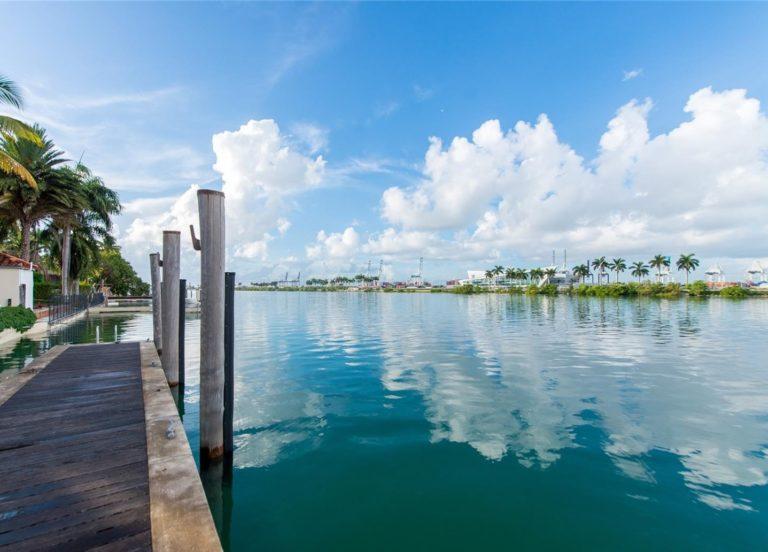 Palm Island photo15