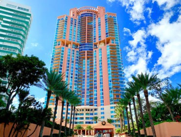 Portofino Tower Condos for Sale and Rent 300 S Pointe DriveSouth Beach, FL 33139