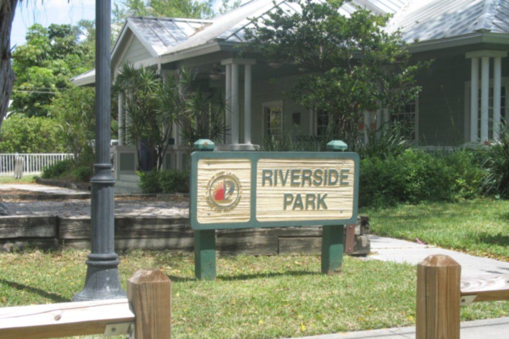 Riverside Park photo01