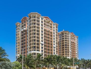 Vue Residences Condos for Sale and Rent 2001 N Ocean BlvdFort Lauderdale, FL 33305