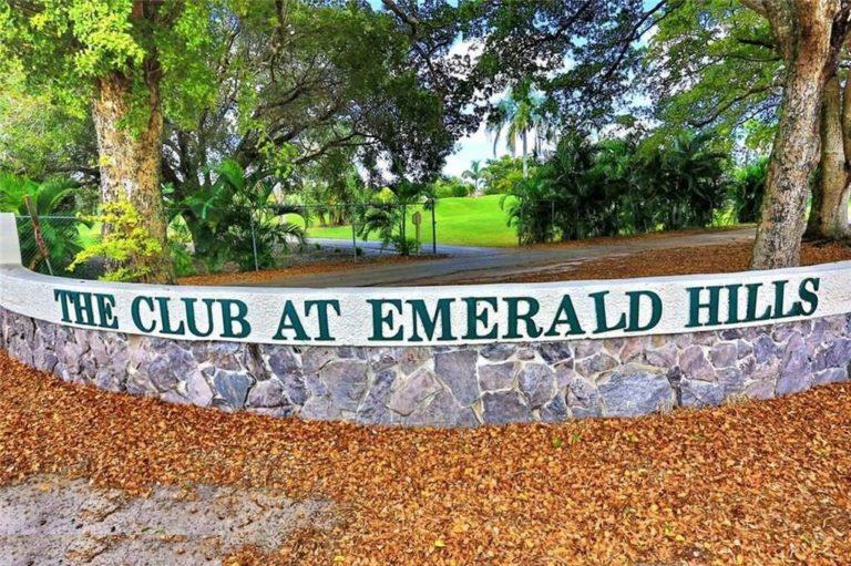 Emerald Hills photo15
