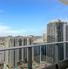 Brickell FlatIron photo03