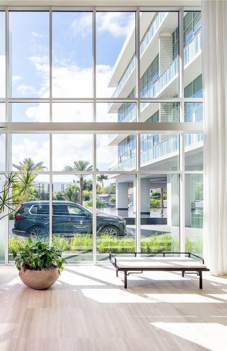 The Ritz Carlton Residences photo08
