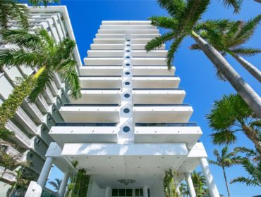 Villa Di Mare Condos for Sale and Rent 5801 Collins AveMiami Beach, FL 33140