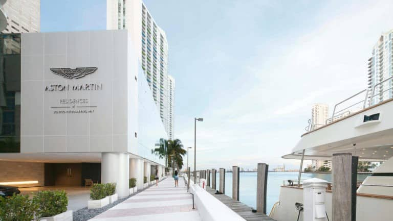 Aston Martin Residences photo07