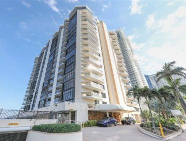 Mar del Plata Condos for Sale and Rent 6423 Collins AveMiami Beach, FL 33141
