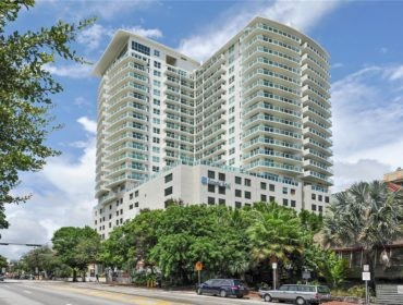 Mutiny Park Condos for Sale and Rent 2889 McFarlane RdCoconut Grove, FL 33133
