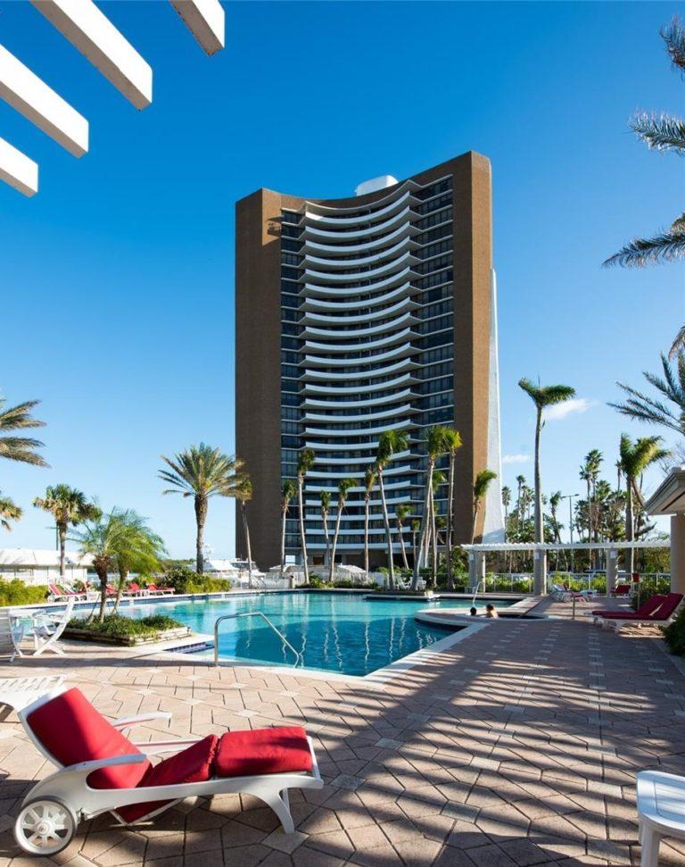 Palm Bay Tower photo02