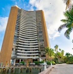 Palm Bay Tower - 01 - photo
