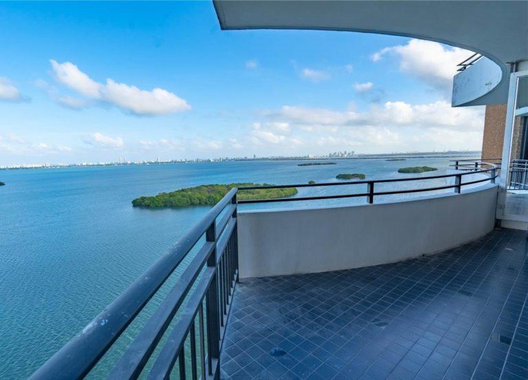 Palm Bay Tower photo09