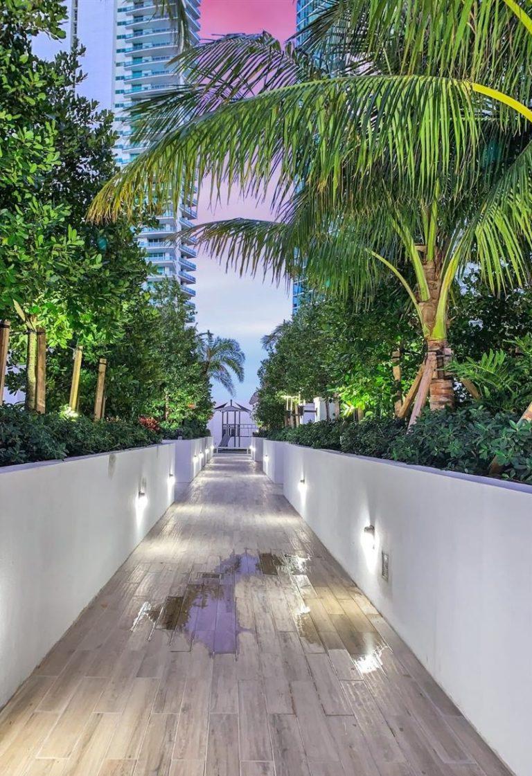 Paramount Miami Worldcenter photo13