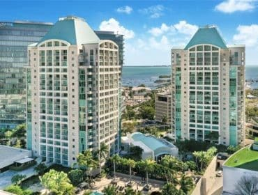 The Ritz-Carlton Coconut Grove Condos for Sale and Rent 3350 SW 27th AveCoconut Grove, FL 33133