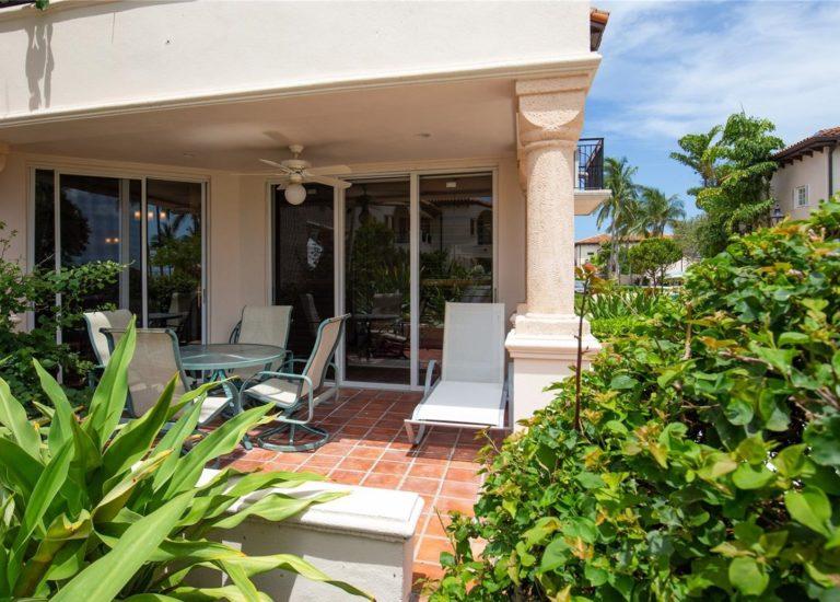 Seaside Villas photo08