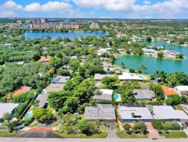 Sky Lake Homes for Sale and Rent 2100 NE 196th TerNorth Miami Beach, FL 33179
